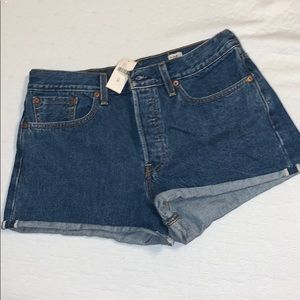 Never worn Levi's Jean shorts